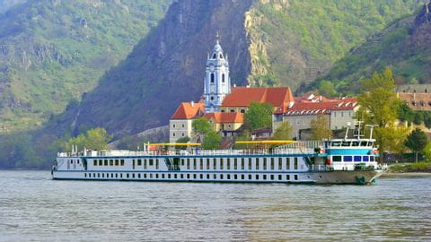 Schiff Prinzessin Katharina Donau-Radweg