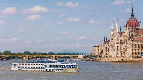 Donau Rad und Schiff Budapest