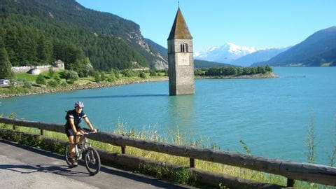 Holiday by bike Reschensee