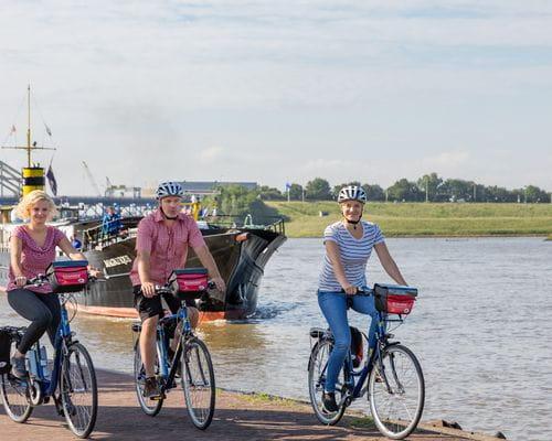 Rad und Schiff Holland